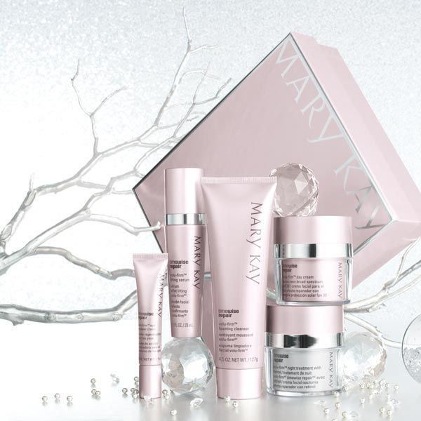 Qué regalazooo..  el último tratamiento de Mary Kay para pieles maduras...  El Repair!  Realmente rejuvenecedor! Te súper encantará!  The TimeWise Repair™ Volu-Firm™ Set is a truly luxurious gift to help recapture a vision of youthfulness. #repair #rejuvenecer #tratamientoantiedad