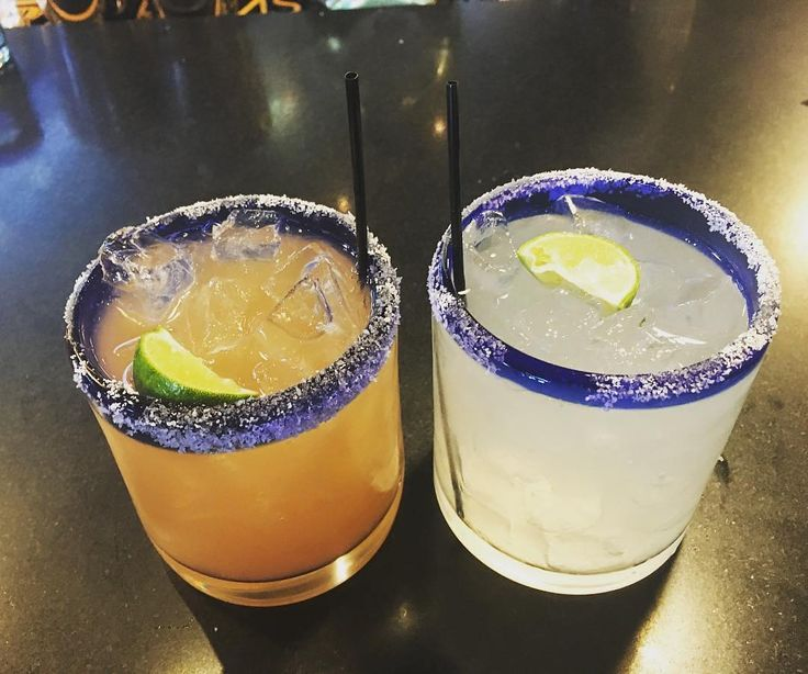 "Today's #margaritaoftheday is a Reposting from @alaharacz: ... ""Margaritas after a long day of work #margaritasarelife #longlivetequila #tequilagirl @felipesnola""  Looks so good!!  #margaritatime #cocktail #foodstagram #instacocktail #margarita #thesaltedrim #tequila"