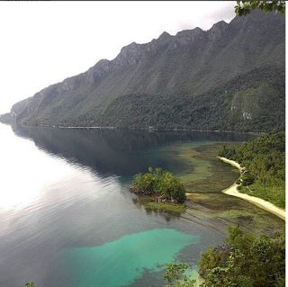 Destination in North Sumatera - Toba Lake | In the know with Indonesia's largest lake, Lake toba presents outstanding natural beauty, there are many places that you can visit there. You can also get to know the culture of the local people there  #vacation #destination #attraction #tourist #holiday #sightseeing #holidays #photography #selfie #indonesia #northsumatera #lake #tobalake