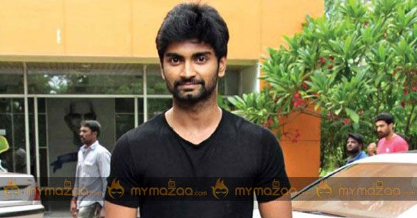 #Atharvaa loses one of four #dazzling girls