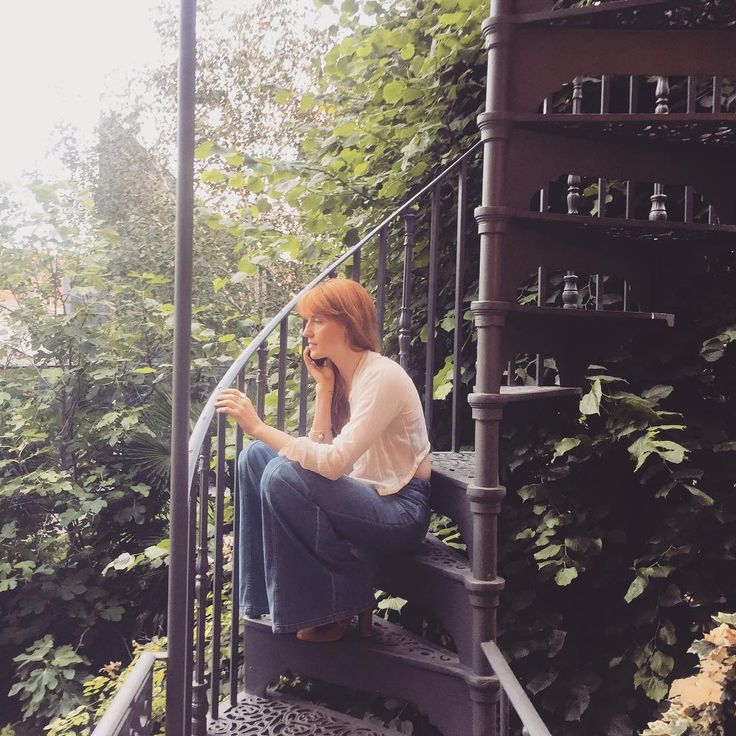 "129.5k Likes, 911 Comments - Florence Welch (@florence) on Instagram: ""Natural habitat """