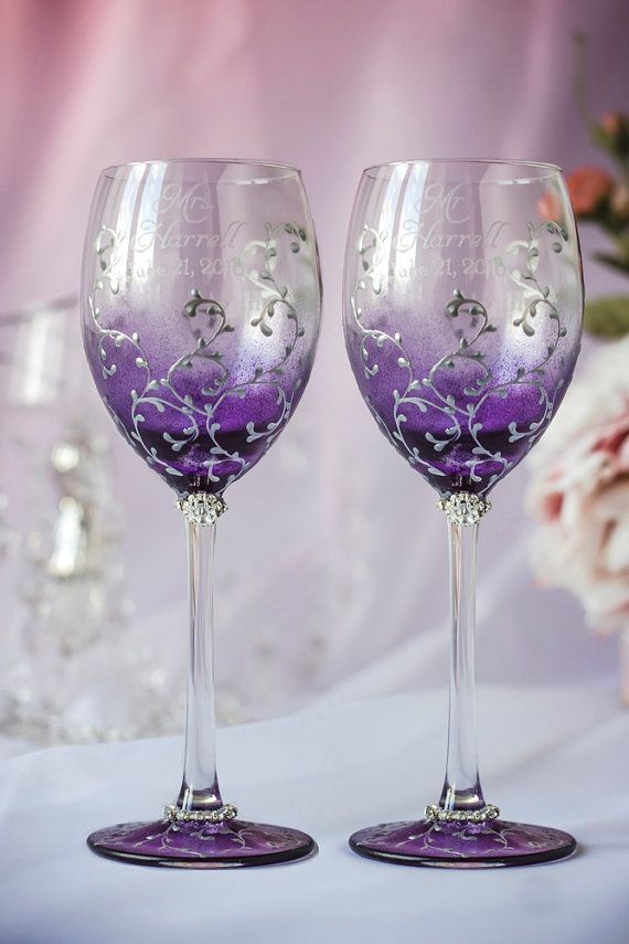 Plum wedding wine glasses bride and groom silver lace por DiAmoreDS