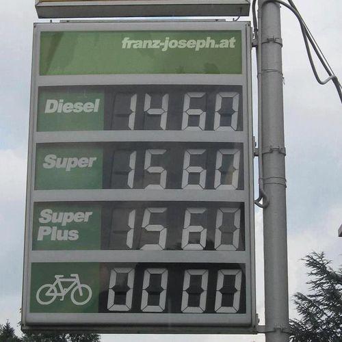 Touche, gas station, touche. - Imgur