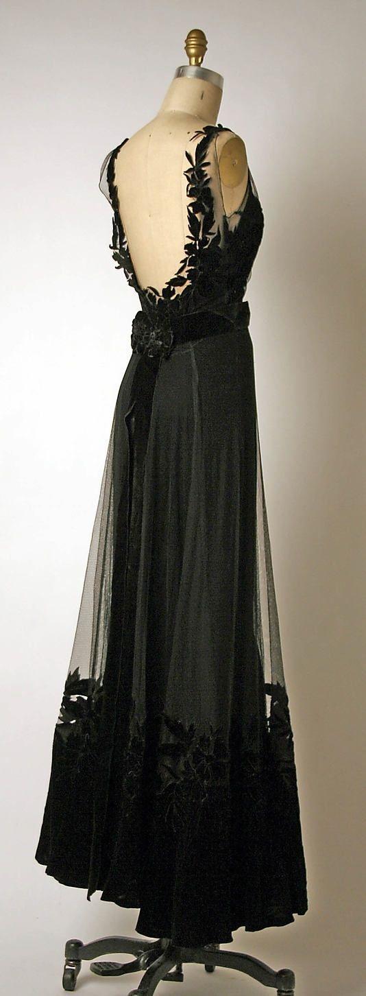 Christian Dior 1947 | DRESSES | Pinterest