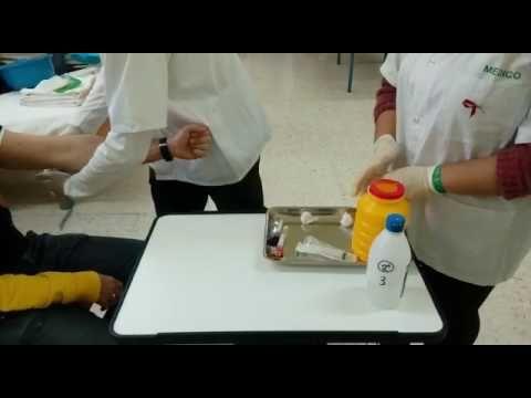 6. Extracción de sangre con aguja y jeringa