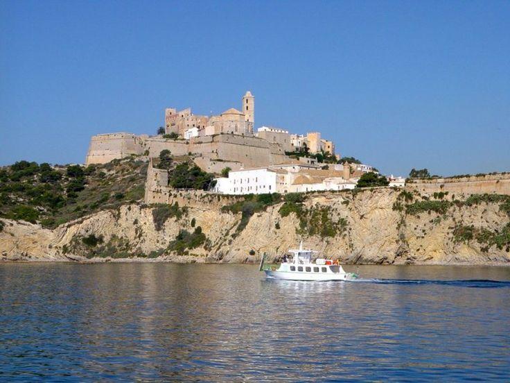 http://ru.esosedi.org/ES/PM/1000477529/krepost_ibitsa/  Крепость Ибица – #Испания #Балеарские_острова (#ES_PM) Крепость, которая находится в старом городе