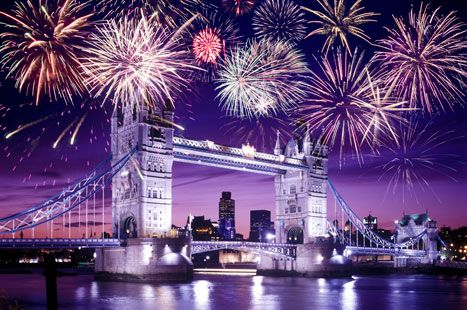 Fireworks over Tower Bridge in London (Getty)