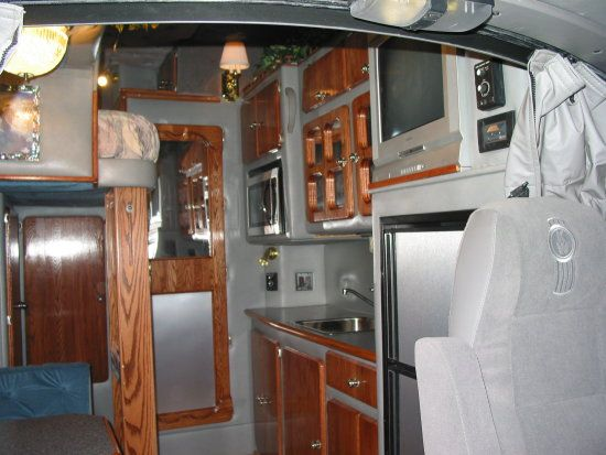 17 Best Images About Big Interior Truck Sleeper On Pinterest Semi Trucks Trucks And Custom Trucks