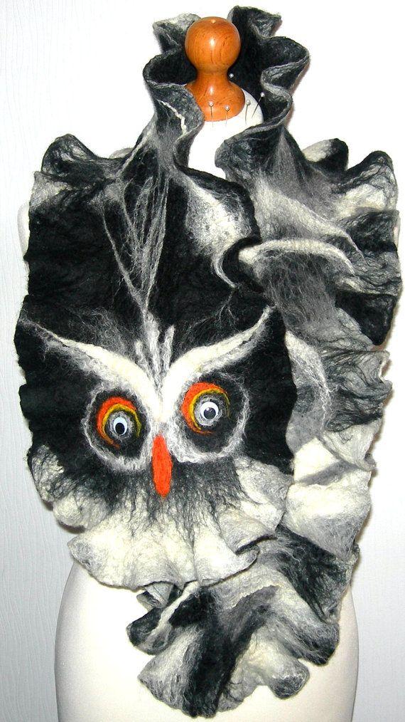 Hand Felted Wolle Schmuck Filz Schal OWL Wrap Schals von SkyWool, $39.99