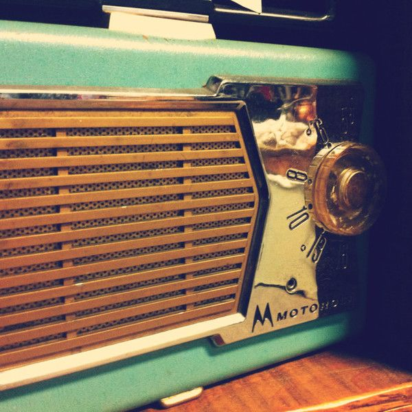 Itd Be Neat To Have A Real Retro Radio In My Kitchen