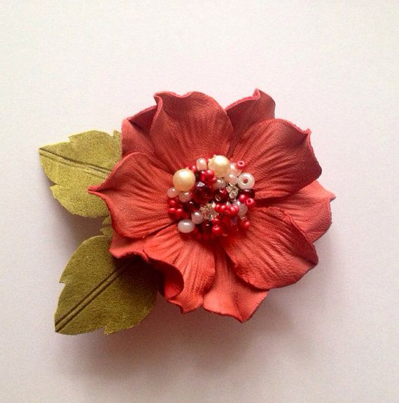 Genuine leather flower brooch in coral Brooch by JewelryWithTaste, €14.00