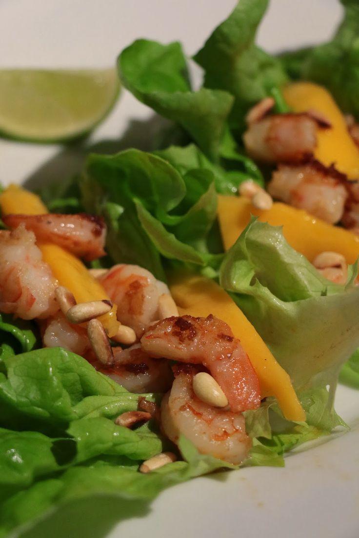 Healthy Scampi Taco. Find the recipe here: http://awaytoawomansheart.blogspot.no/2014/01/healthy-scampi-taco.html