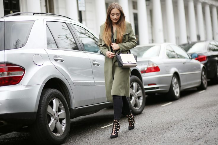 Boohoo KATE BELTED SHAWL COLLAR COAT (or khaki duster coat), black skinny trousers/jeans, heels, hair