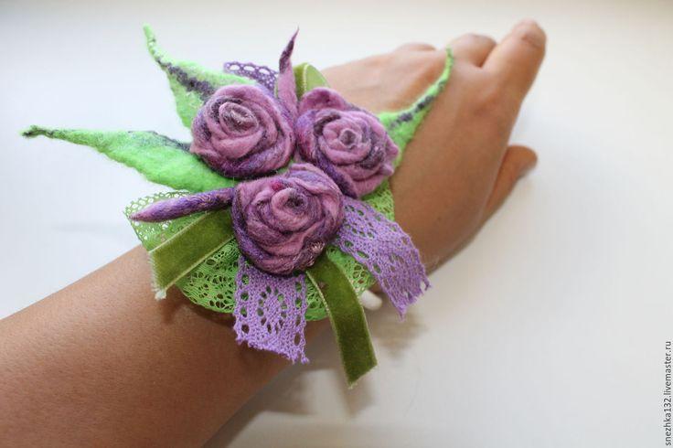 """Купить Украшение- брошь валяная лиловая """"Лавандовые розы"""" - комбинированный, роза, роза ручной работы"""