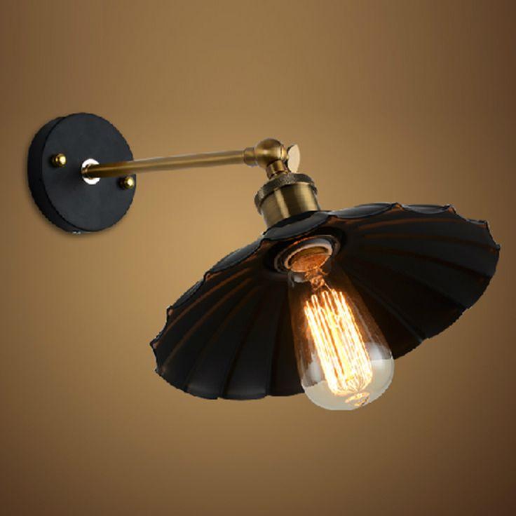 Historické nástenné svietidlo Recall s čiernym dekoračným tienidlom (8)