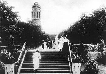 Historische Postkarte: Bismarckturm im Stadtpark (um 1910)