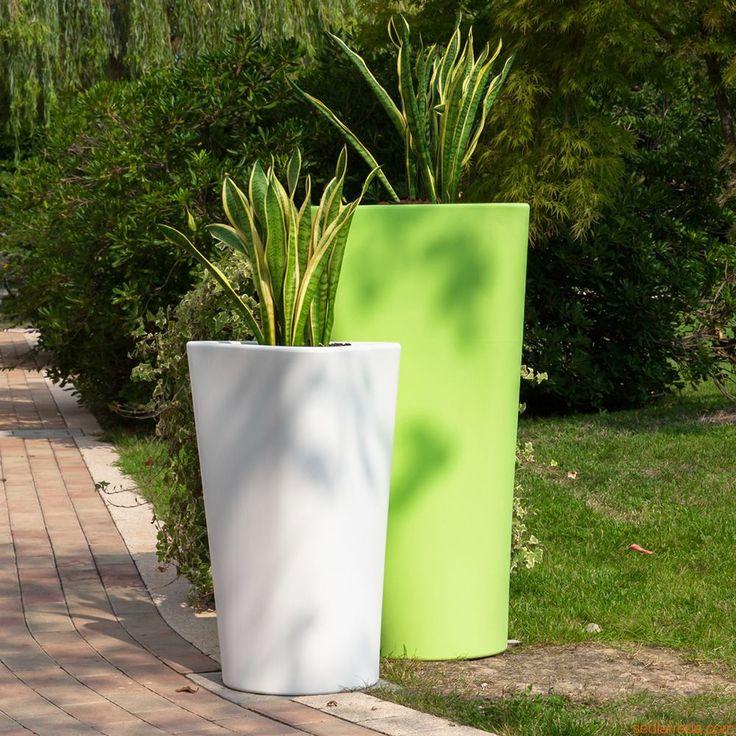 Eve | Vaso da giardino in polietilene, basso (71 cm) e alto (101 cm)