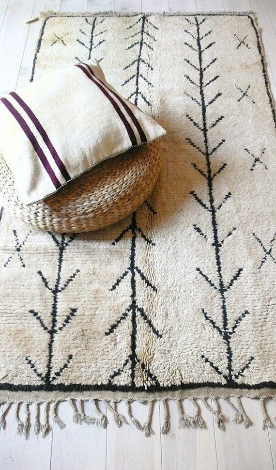 Vintage Moroccan Rug Natural virgin wool AZILAL by lacasadecoto