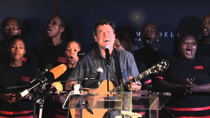 Johnny Clegg performs at musical tribute to Madiba
