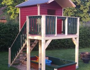 Elegant Mit diesem herrlichen Spielturm wird der Garten bei jedem