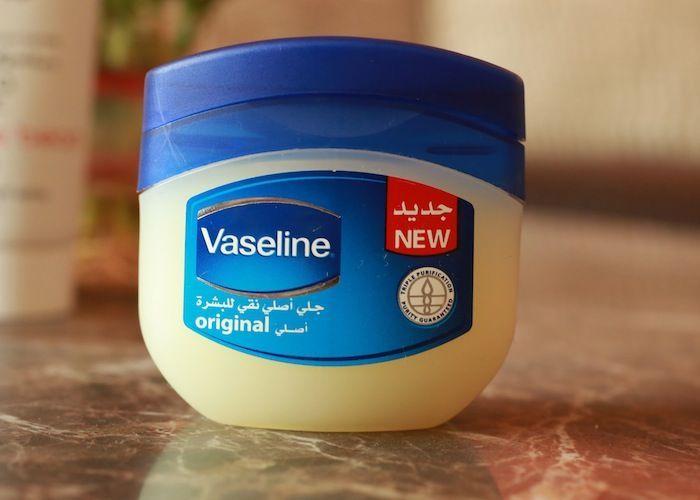 Vaseline Lipbalm Lip Balm En 2019 Vaseline Lip Balm Y Vaseline Uses