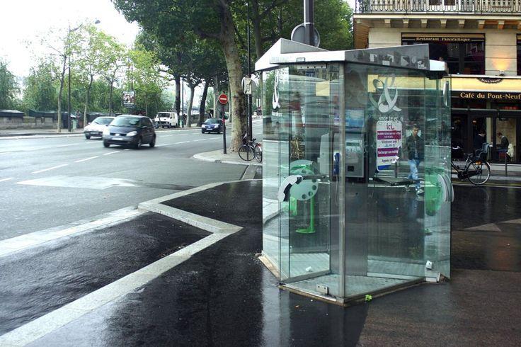 Les cabines téléphoniques ne disparaîtront que si la couverture mobile est bien là - http://www.frandroid.com/telecom/347245_cabines-telephoniques-ne-seront-retirees-couverture-mobile-bien-effective  #Telecom