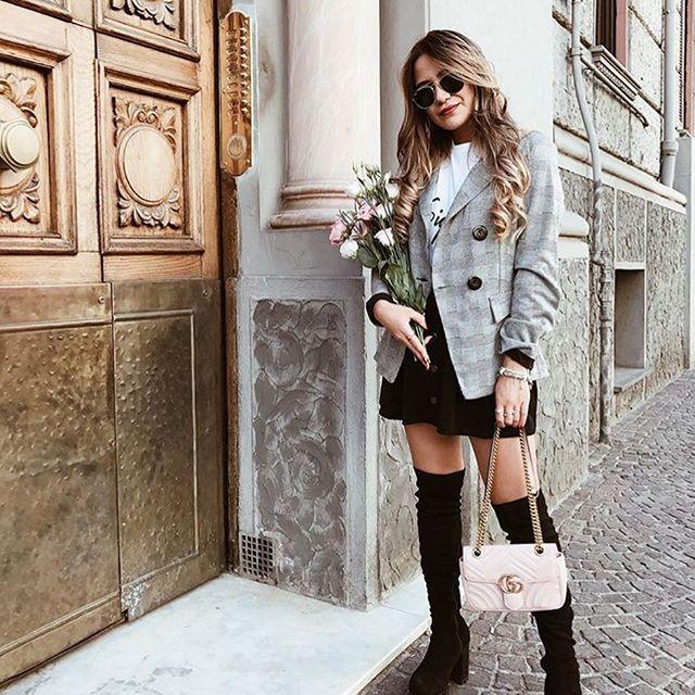 Piękna @rossellinaa w naszej marynarce ❤️❤️ Jak wam się podoba z takim połączeniem? 😍 Szaleństwo zakupów trwa! Rabat -20% na wszystko 👌 hasło: szalenstwo17 www.mosquito.pl #fashion #ootd #outfitoftheday #mosquitopl #love #amazing #polishgirl #girl #blonde #blogger #skleponline #shopping #shop #onlinestore #amazing #great #autumn #jesien