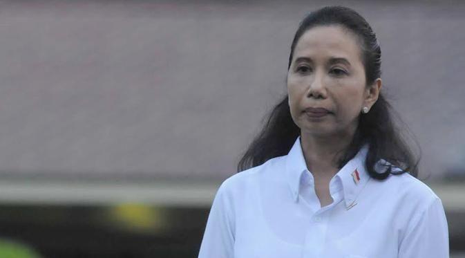 Rini Soemarno Tak Yakin PLN Bisa Siapkan Listrik 35 Ribu MW http://bit.ly/1qp2fru