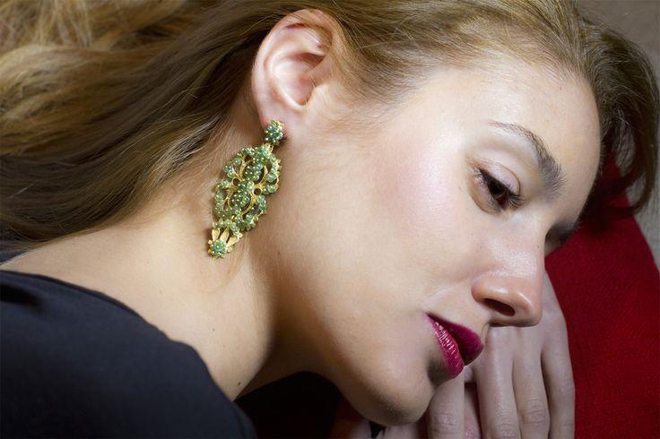 18K Gold filigree earrings with Emeralds Orecchini in Filigrana in Oro 18Kt con Smeraldi