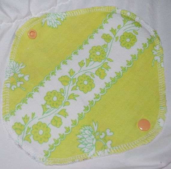 Retro green flowery pantyliners, cloth pad