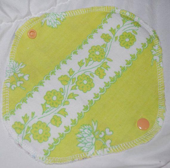 Retro green flowery pantyliners, cloth pad