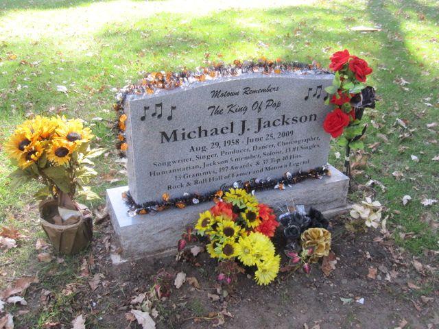 Michael Jackson Gravestone Micheal Jackson grave*...
