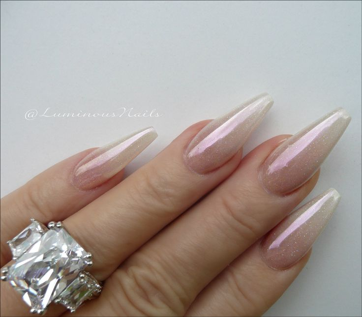 Pearly Ombre Chrome Acrylic Nails Sculptured Acrylic Nails Metallic Nails Luminous Nails