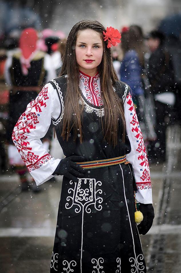 .traditional dress