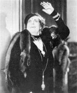 Marie Dressler (titanic's picture)