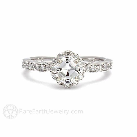 Hoi! Ik heb een geweldige listing gevonden op Etsy https://www.etsy.com/nl/listing/113734026/platinum-asscher-diamond-engagement-ring