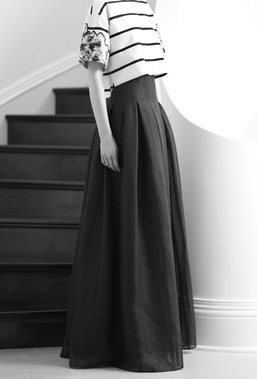 Love the skirt! The top is just weird... I think I really like wide waistbands and belts.