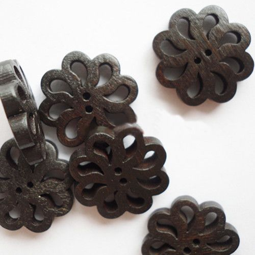 Carved Buttons in Flower Shape, Wooden Buttons, Coffee,   19mm l