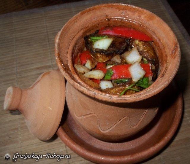 Жареные кабачки с овощами и специями (9)