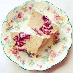 Babeczki z kaszy jaglanej z wiśniami | Lekkie babeczki z owocami bez cukru | FACET I KUCHNIA | Facet i Kuchnia