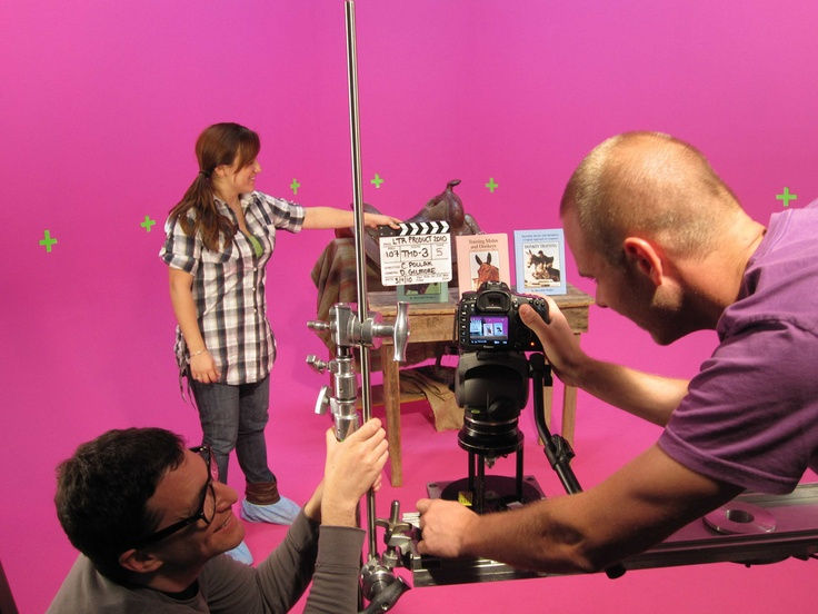 working with the Canon 5D SLR at Loyal Studios: Loyal Studios, 5D Slr, Celebrity Life, Canon 5D