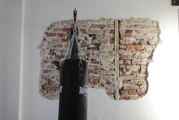 Fitnessstudio Köln, Einrichtung, Interior, Industrial chic, bricks, Boxsack