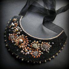 pastelowy z perłą