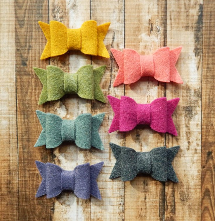 SMALL Chunky Wool Felt Bows - Warmth - Set of 14 - Featuring SOFT CORAL - Exclusive to AMarketCollection by AMarketCollection on Etsy https://www.etsy.com/listing/210399663/small-chunky-wool-felt-bows-warmth-set