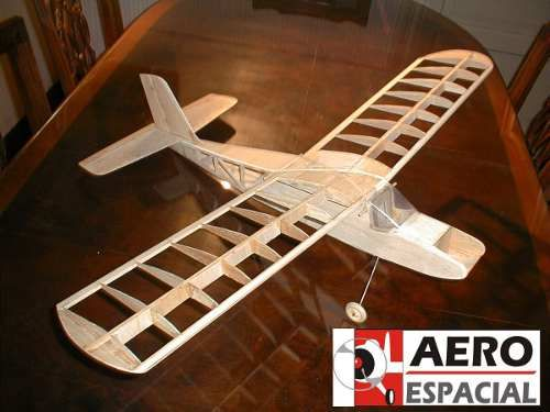 Kit Baby Ala Alta Motor 049 2canales Completisimo 100% Balsa - $ 450,00