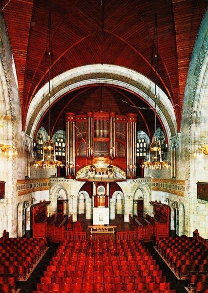 Meer dan 1000 afbeeldingen over kerk en interieur church for Hartman interieur rotterdam