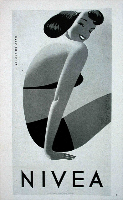 Atelier Hoffman   Just love how he captures the essence of the pose with as few lines as possible  Brilliant