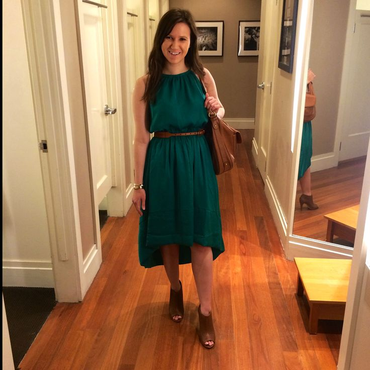 This ensemble from @bananarepublic is great for strolling the Edina Art Fair and then patio-sitting at a 50th & France restaurant! #summer #fashion #dresses #bananarepublic #50thandFrance