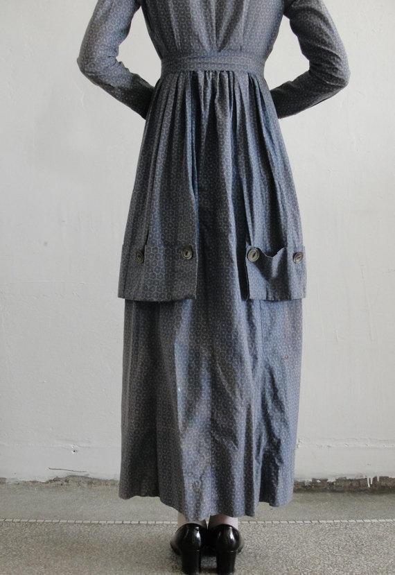 Back pockets detail : Antique 1800s Handmade Cotton Pioneer Prairie Dress