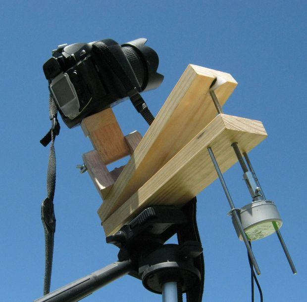 Picture of Build a Motorized Barn Door Tracker...No Arduino, no stepper motors, no gears, just a simple motor turning a threaded rod, this barn door tracker rotates your camera at the exact same rate as the rotation of our planet, a requirement for taking long exposure photos.